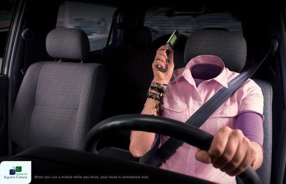 Quando você usa o celular enquanto dirige, sua cabeça está em outro lugar.
