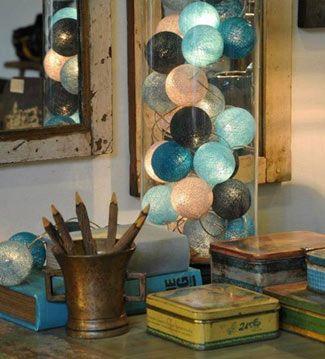 Cotton Lights   Ventas en Westwing. Hazte con un fanal de cristal y rellénalo con una guirnalda de luces. Crearás una lámpara de sobremesa de lo más original.