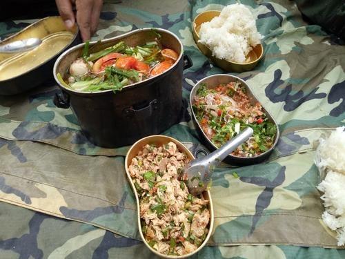 炊爨 飯盒