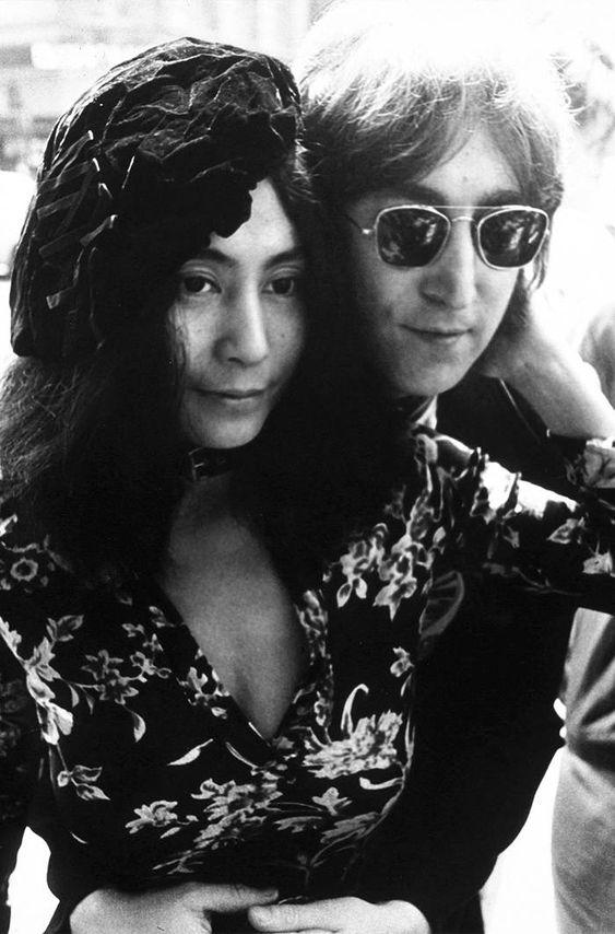 #TBT: 12 Rare John Lennon and Yoko Ono Photos   Who What Wear