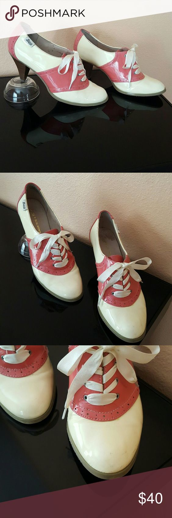 Cream and Pink Leather Bass Oxford Heel Super cute and vintage, cream and pink, Bass Oxford with chunky heel. A must have for any girl! The shoes are used and so have couple of scuffs and small tear in front. However, unnoticeable when on feet;) Because of this, price reduced greatly! Great steal! Bass Shoes Ankle Boots & Booties