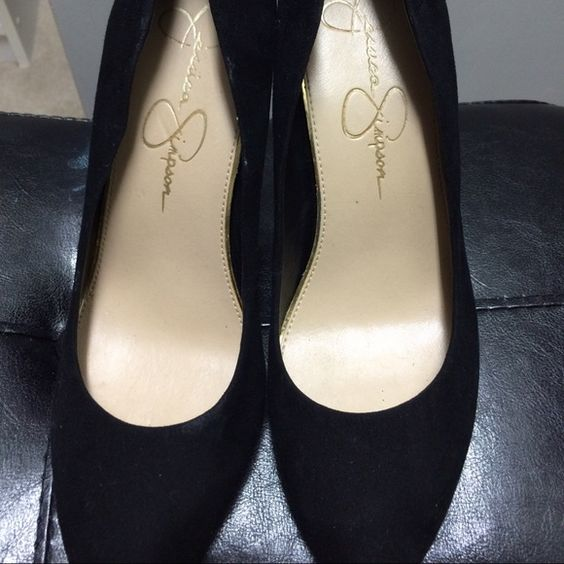 Jessica Simpson black heels Worn once for graduation, comfortable, I just a flats type of person Jessica Simpson Shoes Heels