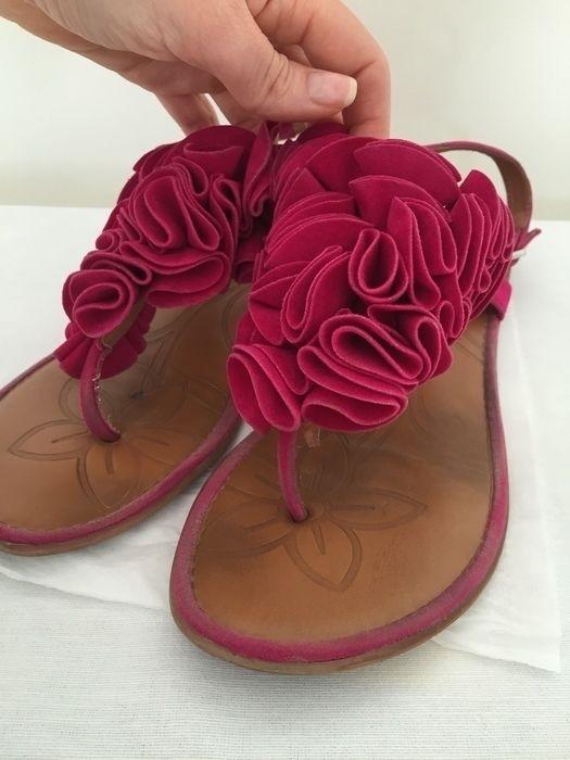 Mein Pinke Sandalen von Deichmann! Größe 40 für 9,00 €. Sieh´s dir an: http://www.kleiderkreisel.de/damenschuhe/sandalen/135190768-pinke-sandalen.
