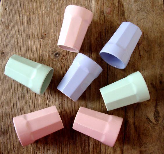 Copo ou vaso.  http://elabiz.tanlup.com/product/945420/copo-oitavado