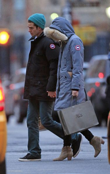 Canada Goose chateau parka sale cheap - Emma Stone Photos Photos: Andrew Garfield and Emma Stone use ...