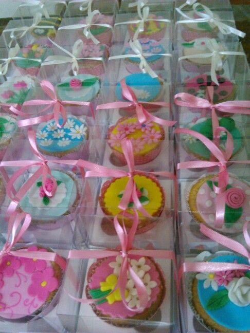 Cupcakes grande na caixa