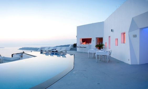 Santorini islands | The Sensational Grace Hotel