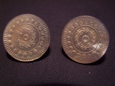 PAIR ANTIQUE COLONIAL PEARL BUTTONS OLD SEWING 18TH CENTURY VINTAGE BUTTON #1