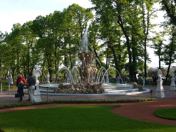 Fontan 2 - summer garden spb Saint-Petersburg Russia 2012 after opening | samz.me