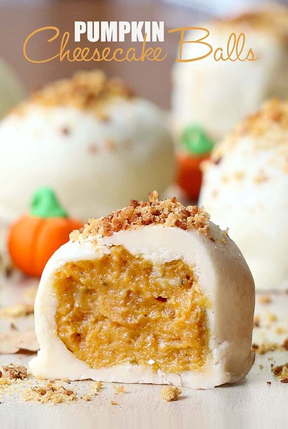 These pumpkin cheesecake balls are no-bake. They are so easy and taste amazing. Bring them to a party and you'll be a hero forever!