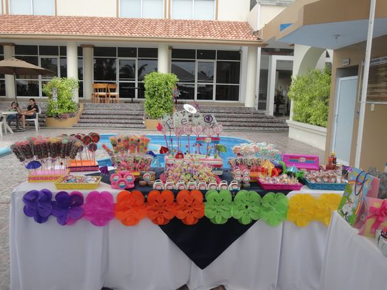 Fiesta en alberca party pinterest albercas fiesta for Albercas para fiestas