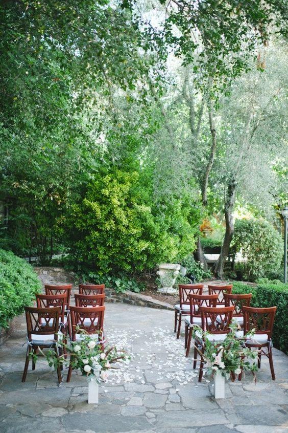Romántica boda íntima en el parque donde se conocieron. Foto: niravphotography.