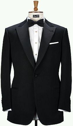 Tuxedo   Techy Tuxedo That Keeps You Looking Good and Dry When You Pop ... #MOMENTUMforbeautifulpeople