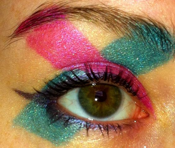 Avant Garde Pink and Teal