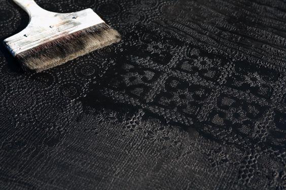 #superfici decorate ad effetto tessuto con micro cemento e resine