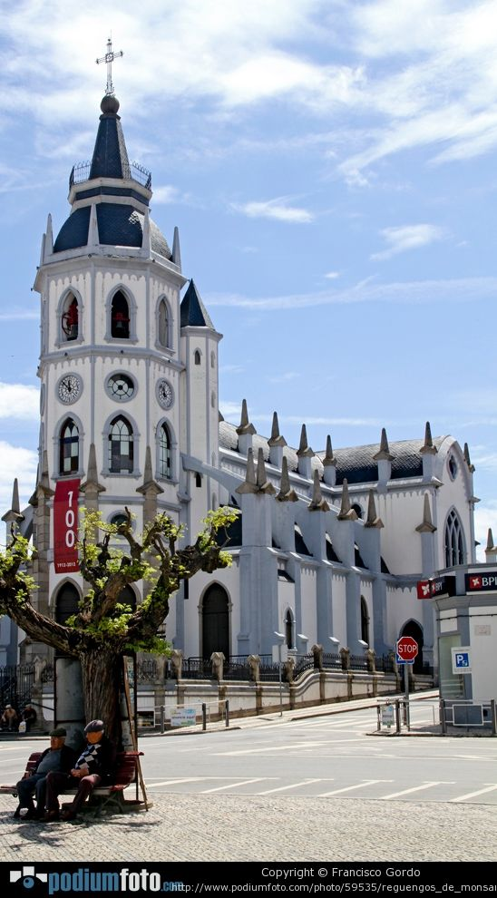 Reguengos de Monsaraz #church #Alentejo #Portugal