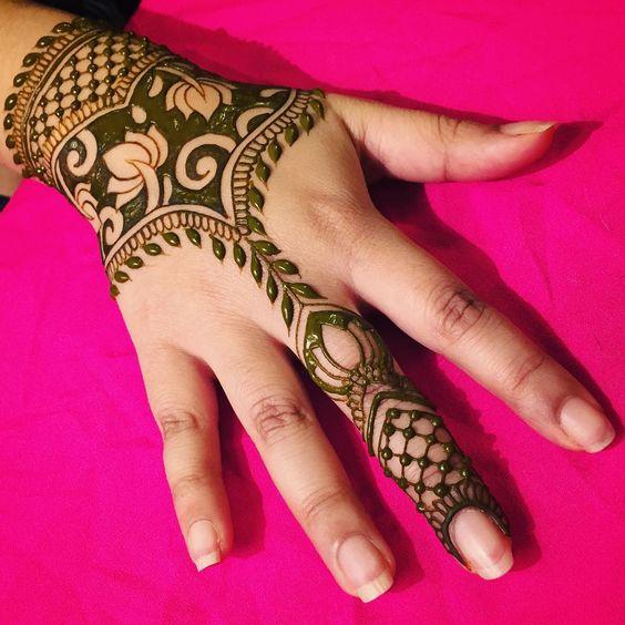 Henna Art Bentuk Gelang | Makedes.com