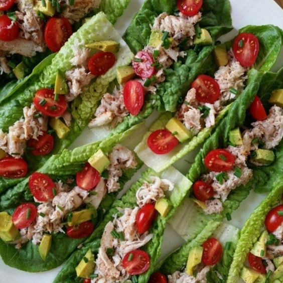 {Simple-CLEAN Party Food!} serves 4 as an appetizer Ingredients: 8 oz chilled fresh lump Crabmeat 1 pint grape tomatoes - halved 2 small avocados - diced 2 Tbsp chopped fresh Chives 2 tsp extra virgin olive oil juice of 1 small lemon sea salt and pepper to taste Directions:... #crabsaladlettucecups