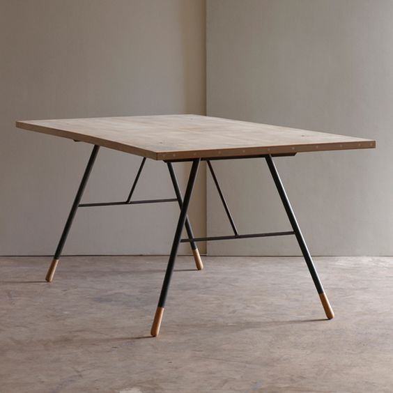 tipped dining table | Dining Table | Pinterest | Muebles, Pino y Piernas