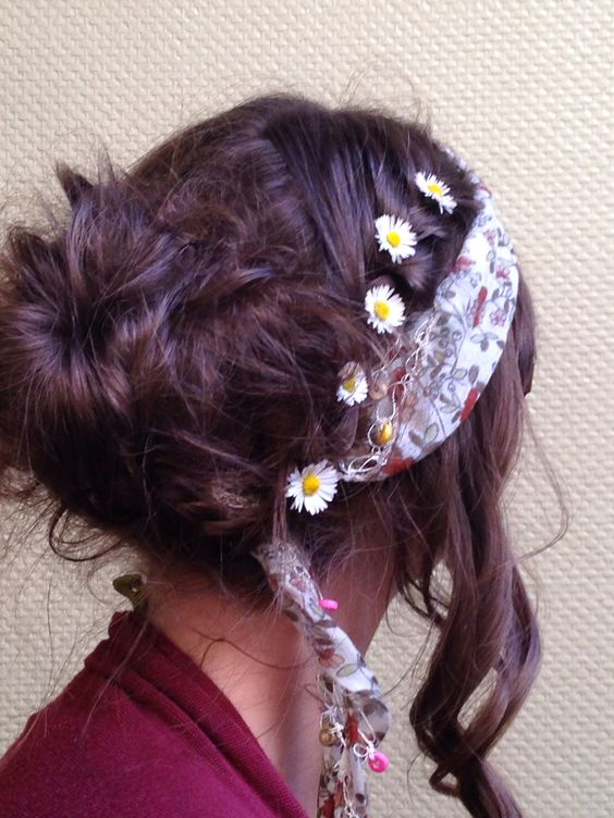 Flower power - coiffure style hippie