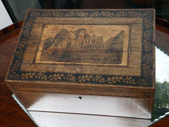 Antique Sewing Box : A fitted Tunbridge Ware Sewing Box