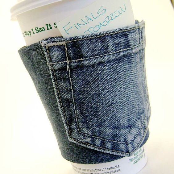 Cup holder with a pocket! Zz