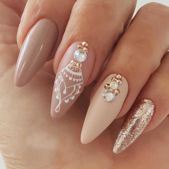 Treat your nails like a queen, will you? nails queen
