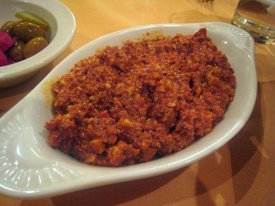 Street Food, Cuisine du Monde: Recette de muhamara, dip aux poivrons, piments et noix (Liban, Syrie, Turquie...)