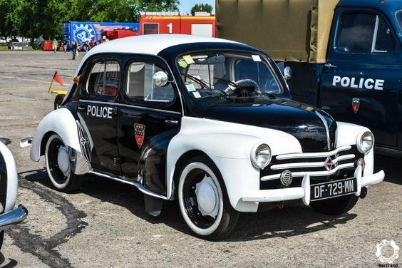 Epingle Par Steve Cory Sur A Cops Cop Cars Emergency Vehicles Voiture De Police Francaise Vehicule De Police Voitures Retro