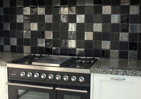 mix zwarte tegels 10x10 € 94,95/m2 (13) Tegelhuys