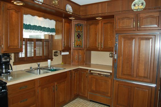 Beautiful kitchen - Peaceful country location but just minutes from in-town conveniences! Brick ranch home offers 3 full bedrooms on main floor & huge finished family room & office on lower level. Enjoy the beauty of each time of year from the heated 4 season room.  This home is located in Lebanon PA and is available for purchase.