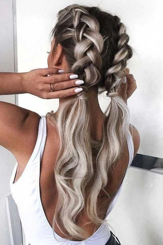 The Cutest Hairstyles For Super Bowl Parties And Other Occasions Superbowl Hair Hairstyles Fashion Beauty In 2020 Long Hair Styles Braided Hairstyles Hairstyle