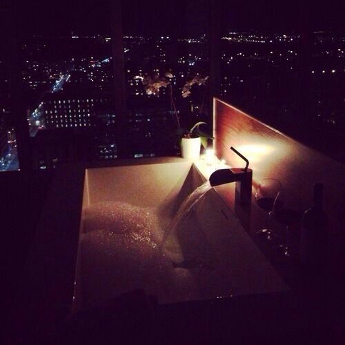 Candlelight Bath with a view Pretty