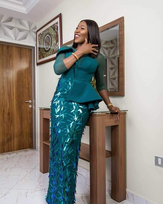 Creative Aso Ebi Styles to Check Out