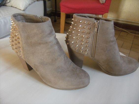 Bottines beige dans Chaussure / vêtements / mode