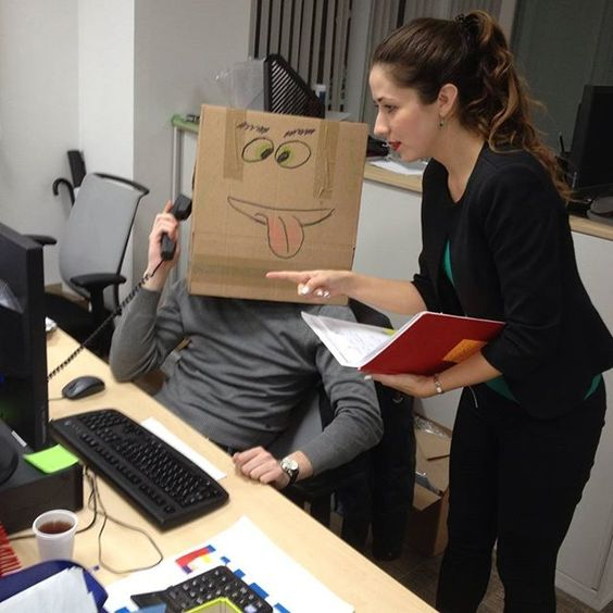 16 απίστευτα αστείες φωτογραφίες από τη δουλειά στο γραφείο