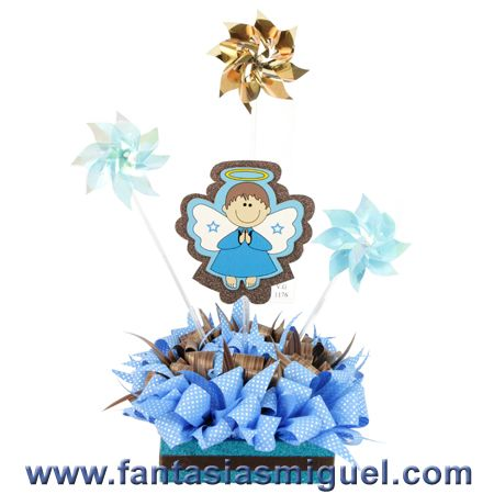 Centro de mesa bautizo azul rehiletes y angelito como - Manualidades centros de mesa ...