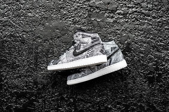 Girls Air Jordan 1 Retro High BHM