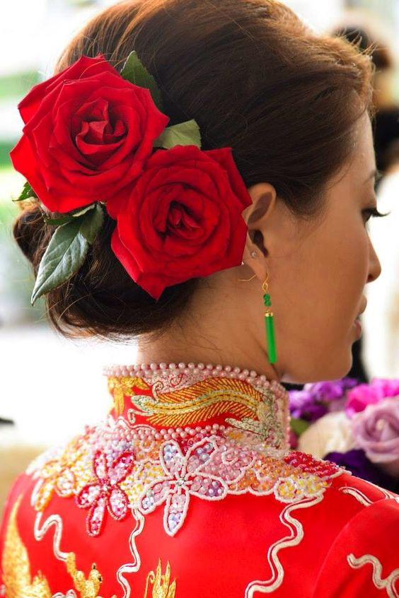 Chinese wedding hairdo idea | big red rose | kwa hairstyle: