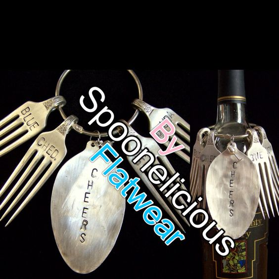Wine and cheese lovers dream!!! Wine bottle spoon charm, and 4 - gardine für küche
