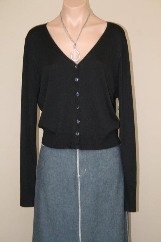 NEW $74.00 Black V-Neck Sweater Button Front NWT Cropped Cardigan sz L #KristinDavis #Cardigan