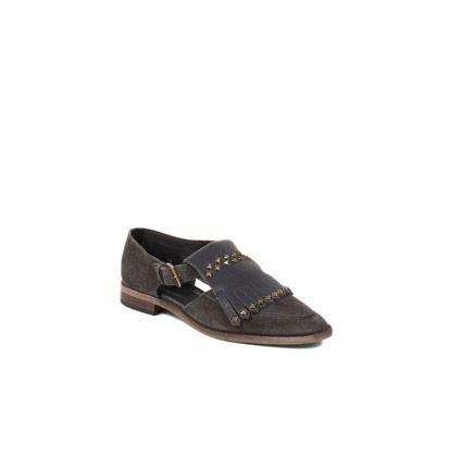 Hoss Intropia. Zapatos con flecos y tachas.