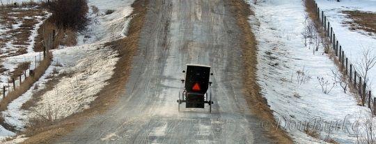 amish-buggy-iowa-winter