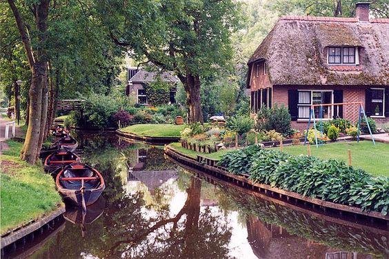 maison chaume Pays-Bas