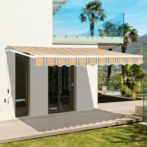 Manual Sun Shade 8 Ft W X 7 Ft D Fabric Retractable Standard Patio Awning In 2020 Pergola Patio Awning Pergola Shade