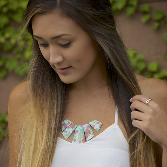 How to make a cute, fashionable duct tape geometric necklace that is perfect fashion statement. Personalize this DIY jewelry to fit your style with your favorite Duck® brand prints and colors.  http://duckbrand.com/craft-decor/activities/geometric-necklace?utm_campaign=dt-crafts&utm_medium=social&utm_source=pinterest.com&utm_content=duct-tape-crafts-fashion