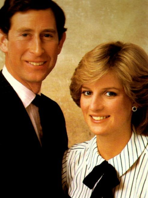 DIANA AND CHARLES. WHEN HAPPYNESS WAS IN THE AIR !!!
