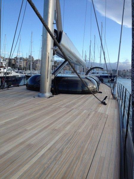 AGLAIA, este mega yachts es uno de los mas espectaculares en cuanto a diseño que navegan ahora mismo y acaba de ser vendido, ahora llamado AHIMSA,