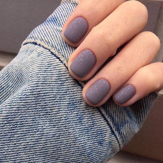 Серый маникюр  Матовые ногти