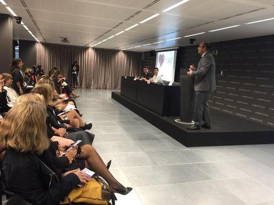 Conferencia de Javier Alonso Nuevo Liderazgo de Mujeres. Patrocinada por Loewe